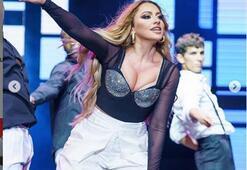 Hadisenin Harbiye konserinde giydiği kostümler olay oldu