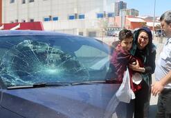 Önce çarptı sonra lastiği patlak otomobiliyle hastaneye götürdü