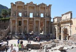 Efes Antik Kentine büyük ilgi