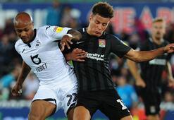 Andre Ayew ilk maçında iki gol attı