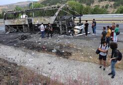 Seyir halindeki yolcu otobüsü yandı