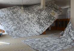 Namazda caminin tavanı çökünce deprem sandılar
