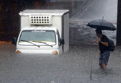 İstanbulu şiddetli yağış vurdu