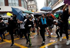 Hong Kongda karşılıklı protestolar