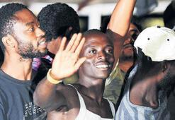 Gemideki göçmenlerin dramı son buluyor