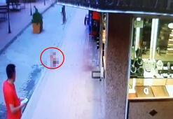 Çocuğun 4. kattan düşme anı güvenlik kamerasında
