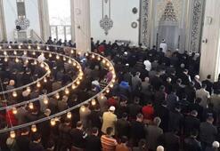 Cuma namazı saat kaçta kılınacak 23 Ağustos il il Cuma namazı vakitleri