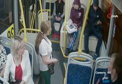 Rusyada sarhoş yolcu kadınlara ateş açtı