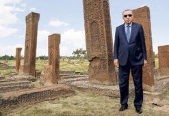 Erdoğan, Malazgirtten Suriye konusunda net mesajı verdi: Güvenli bölge'ye yakında gireceğiz