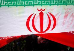 İranda İngilizlere casusluktan onar yıl hapis cezası verdi