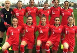 Kadın A Milli Futbol Takımı, Kosovaya gitti