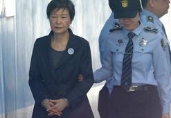 Güney Korede eski lider Park Geun-hyenin hapis cezasına iptal