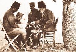 'Mustafa Kemal komutanlık vasıflarıyla  mükemmeldir'