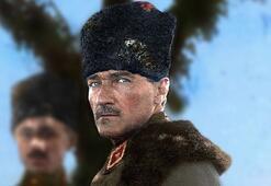 Atatürk fotoğraflarıyla birlikte 30 Ağustos Zafer Bayramı mesajları