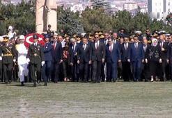 Büyük zaferin 97. yılı Devletin zirvesi Anıtkabirde