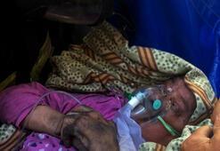 Yangında mahsur kalan yatalak kadını itfaiye kurtardı