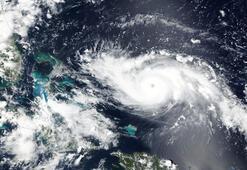 Kategori 4teki Dorian Kasırgası Florida kıyılarına yaklaşıyor
