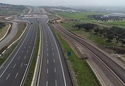 Bakan Açıkladı İstanbul-İzmir Otoyolundan 2,5 milyona yakın araç geçti