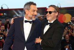 Joker rolü için 25 kilo veren Joaquin Phoenix: Delirmek üzereydim