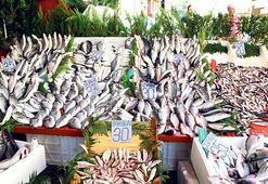 Balık bereketli tezgâh şenlendi