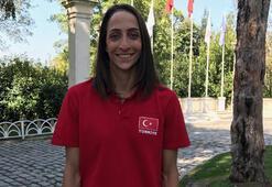 Gözde Kırdardan Milli Takıma destek