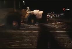 Araklı-Bayburt yolu sel nedeniyle ulaşıma kapandı