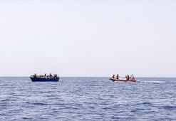 Libya açıklarında 108 düzensiz göçmen kurtarıldı