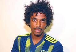 Luiz Gustavo Marsilya tesislerinde arkadaşlarıyla vedalaştı...