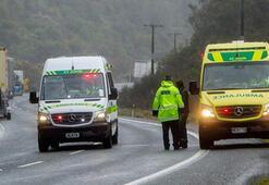 Yeni Zelanda'da turist otobüsü devrildi