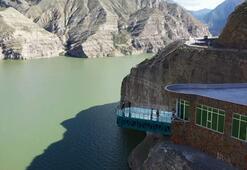 Türkiye'nin en uzun cam terasına ziyaretçiler akın ediyor