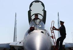 Rusyada savaş uçağı düştü: 2 ölü