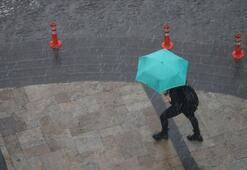 Son dakika Meteorolojiden İstanbul için sağanak uyarısı