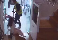 İşte saniye saniye kurye dehşeti Zorla eve girip 3 kadını...