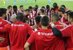 Sivasspor ile Adana Demirspor hazırlık maçı yapacak