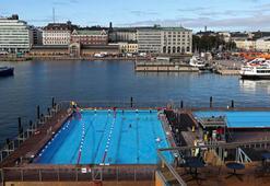 Finlandiyada havuzda tesettür mayo yasağı kaldırıldı