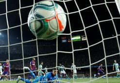 Futbol iyice kutuplaştı