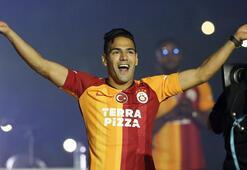 Galatasarayda kriz Feghouli ve Belhanda...
