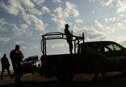 Meksikada karteller asker ve polise benzin satışını engelliyor