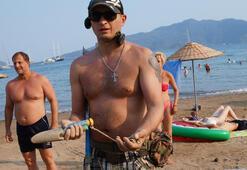 Rus turist plajda güpegündüz bunu yaptı