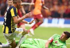 Süper Ligde derbi tarihleri belli oldu Galatasaray - Fenerbahçe...