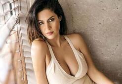 Tuğba Ekinci, Adriana Lima kimmiş diyerek kalçasını gösterdi