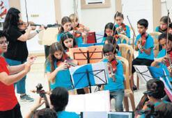 Çocuklardan 97. yıla özel konser