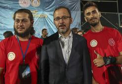 Bakan Kasapoğlundan Kadın Golbol Milli Takımına tebrik