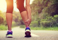 Aşırı spor yapanlarda görülüyor: Stres kırığı