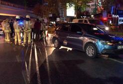 Polisin Dur ihtarına uymayan otomobil sürücüsü ticari taksiye çarptı