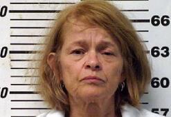 56 yaşındaki kadın, kocasının cinsel organını kesti