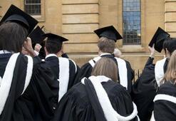 İngilterede mezun olan yabancı öğrenciler iki yıl daha ülkede kalabilecek