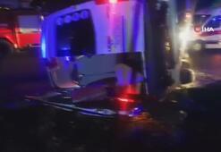 Fethiyede yolcu minibüsü ile otomobil çarpıştı: 14 yaralı