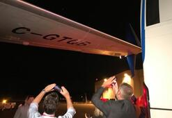 Trudeaunun uçağına otobüs çarptı