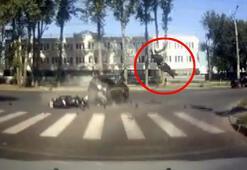 Motosikletli, feci kazadan sağ kurtuldu